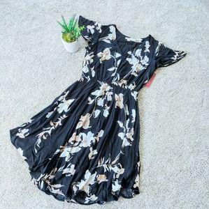 New Merona Floral U-Shaped Hem Dress